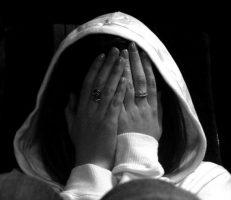 خود ارضایی در زنان مشکلات متعددی را به وجود می آورد